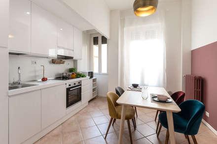 Cucina: Cucina in stile in stile Moderno di Architrek