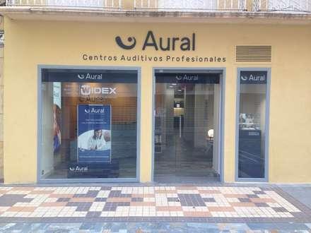 Centro Auditivo Aural  Cartagena: Oficinas y Tiendas de estilo  de Alma Retail Services