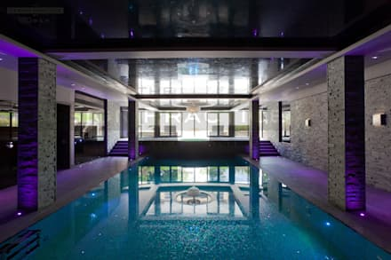 Moody Underground Pool: Modern Pool By The Design Practice By UBER