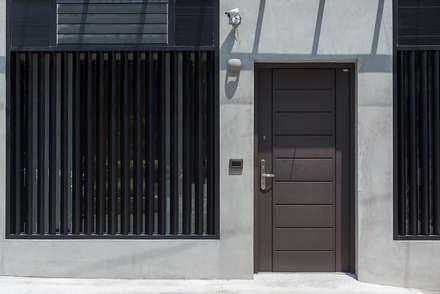 Doors by 知域設計