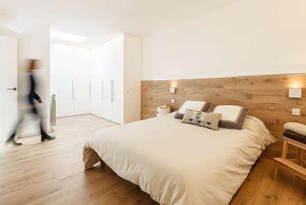 Reforma Dormitorio Doble en Vivienda: Dormitorios de estilo escandinavo de Sezam disseny d'Interiors SL
