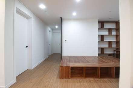 동탄2 예미지 아파트인테리어: N디자인 인테리어의  서재 & 사무실