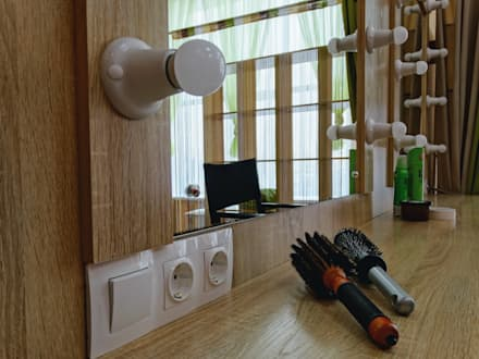 Centros para conferencias de estilo  por Студия дизайна интерьера Екатерины Дозмолиной