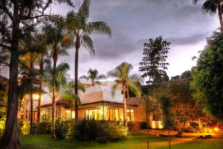 Jardins zen  por Stuen Arquitectos