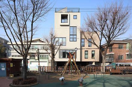 동측 전경: (주)건축사사무소 모도건축의  회사