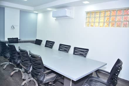 Commercial project:  Conference Centres by QBOID DESIGN HOUSE