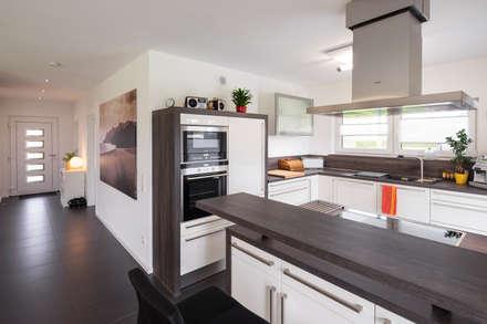 Built-in kitchens by FingerHaus GmbH