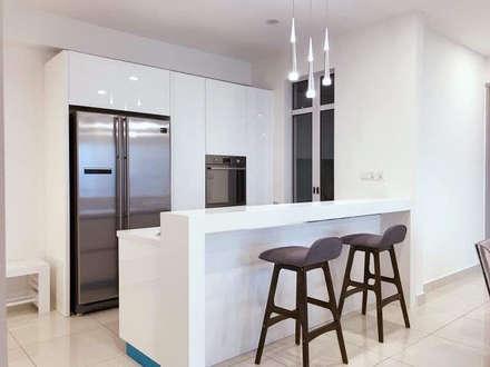 Jazz Suites (furniture):  Built-in kitchens by Skilled Decor & Design