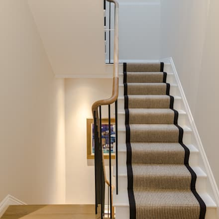Hallway :  Corridor & hallway by Studio 29 Architects ltd