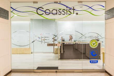 COASSIST : Oficinas y Tiendas de estilo  por Aluzina