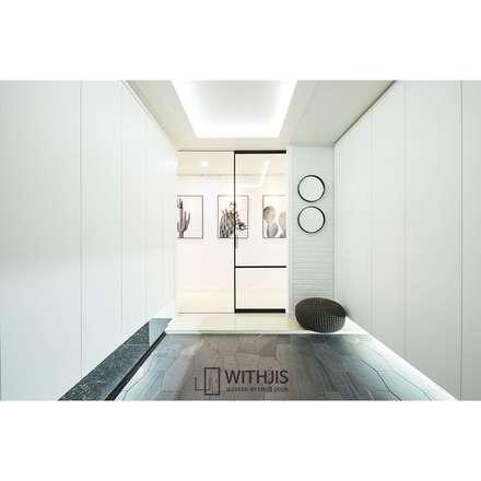 일리디자인 원슬라이딩도어 원슬라이딩중문 슬림알루미늄중문: WITHJIS INC.의  문
