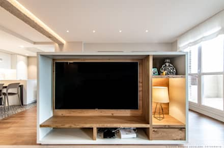 Electronics by TALLER VERTICAL Arquitectura + Interiorismo