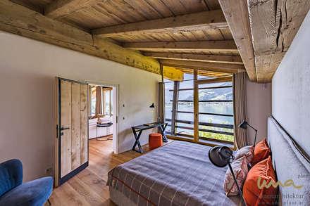 Wohnen am See | Schlafzimmer: landhausstil Schlafzimmer von UNA plant