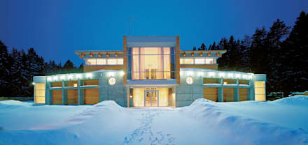 Главный фасад зимой: Загородные дома в . Автор – Роман Леонидов - Архитектурное бюро
