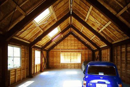 Prefabricated Garage by ミナトデザイン1級建築士事務所