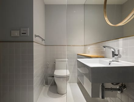 Ronn Residence 平面設計師的家:  浴室 by Studio In2 深活生活設計