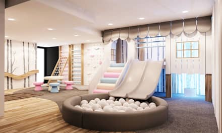 Playhouse with double slide, ball pool and climbing gym: modern Nursery/kid's room by Tigerplay at Home