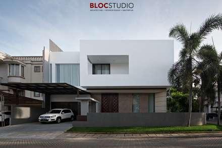 Detached home by BlocStudio