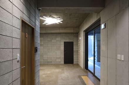 연남동 조르바 ZORBA: (주)건축사사무소 모도건축의  회사