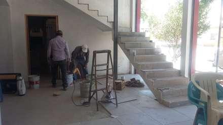樓梯 by DALSE Construccion & Remodelación