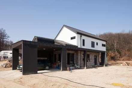 주택 외관 1: 위드하임의  목조 주택