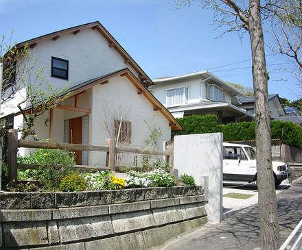 横浜 大黒柱の家: ミナトデザイン1級建築士事務所が手掛けた家です。