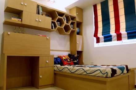 4 BHK Apartment of Mrs Rezwana Zahir Bangalore: modern Bedroom by Cee Bee Design Studio