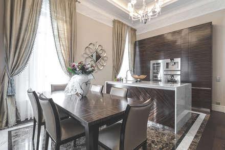 Interior design of a private residence in Italy: Sala da pranzo in stile in stile Eclettico di NG-STUDIO Interior Design