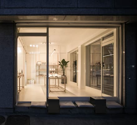 cafe ap 측면부: oddstaff의  창문
