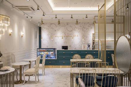 카운터: 디자인에이드의  바 & 카페