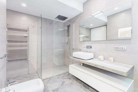 Bagno Stile Minimalista : Idee doccia vasche docce moderne bagno doccia design design del