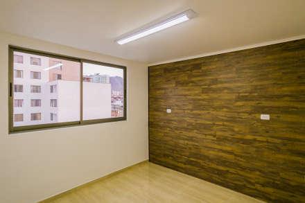 Oficinas Fuentes, Antofagasta: Oficinas y Comercios de estilo  por Estudio Intu