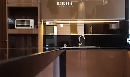 Kitchen Set & Island Table (details):  Dapur built in by Likha Interior