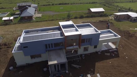 Flat roof by Constructora Rukalihuen