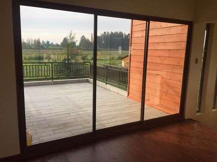Окна в . Автор – Constructora Rukalihuen