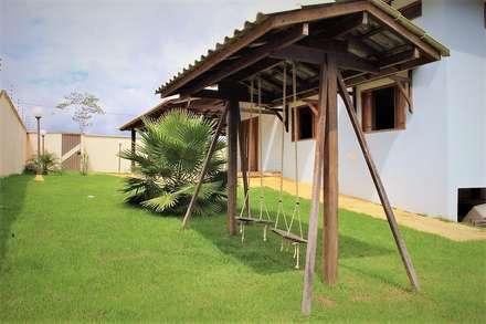 บ้านคันทรี่ by Ativo Arquitetura e Consultoria