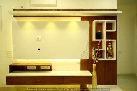 Nhà bếp by Meticular Interiors