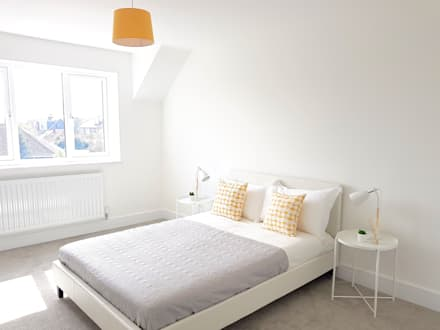 Scandi style House: scandinavian Bedroom by THE FRESH INTERIOR COMPANY
