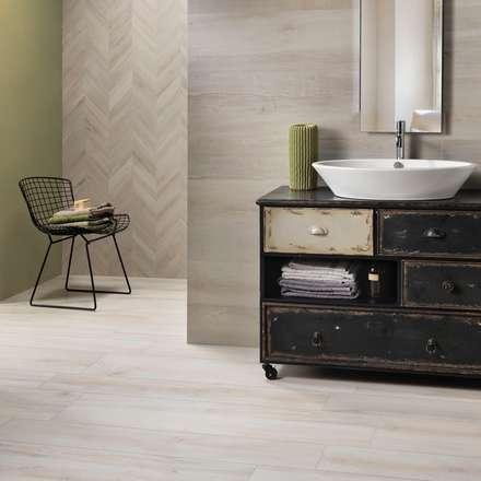 Gres porcellanato effetto legno Decapè: Pavimento in stile  di WEBTILES CERAMICHE