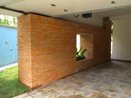 Casa Almendros: Garajes de estilo moderno por Novhus Oficina de Arquitectura
