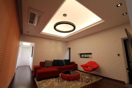 경남 하북면 예술인촌 전원주택: 에스디자인의  거실