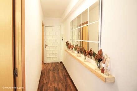 Corridor & hallway by Neus Conesa Diseño de Interiores