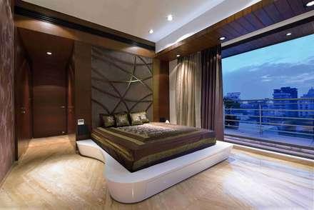 MADHUNIKETAN 10TH FLOOR: modern Bedroom by smstudio
