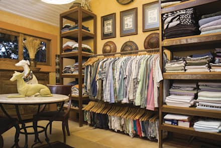 غرفة الملابس تنفيذ ArielCPhoto
