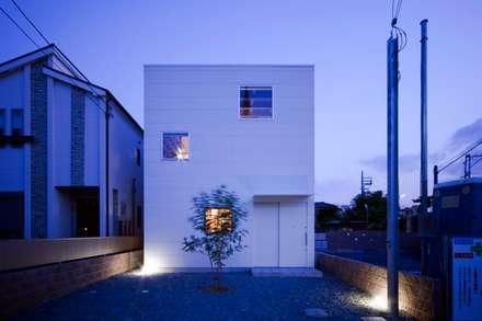 正面外観: 一級建築士事務所 Coo Planningが手掛けた家です。