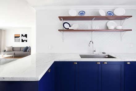 모던 클래식한 무드의 20평대 빌라 인테리어: husk design 허스크디자인의  주방
