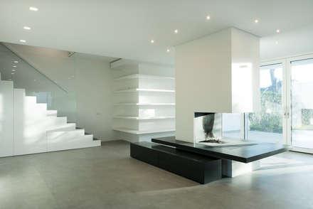 Villa Passiva a Casal Palocco: Soggiorno in stile in stile Moderno di Arabella Rocca Architettura e Design