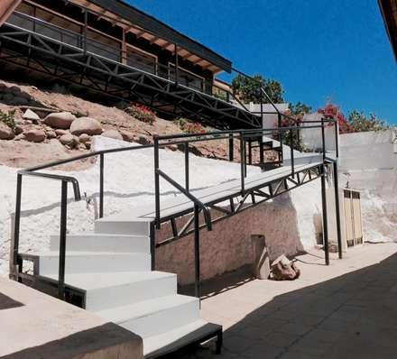 ESCALERAS: Escaleras de estilo  por arquiroots