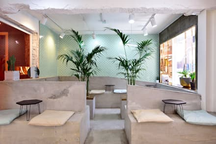 CAFE ARRIERE COUR: elevation의  방