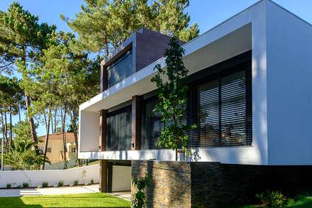 VR1: Habitações multifamiliares  por Antunarqui Unip Lda